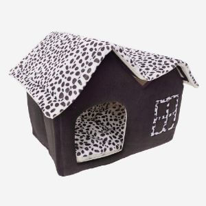Super Soft Pets Heated British Style Cat House